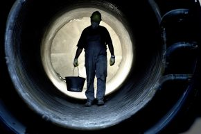 Identifying confined spaces hazards, risks and control measures